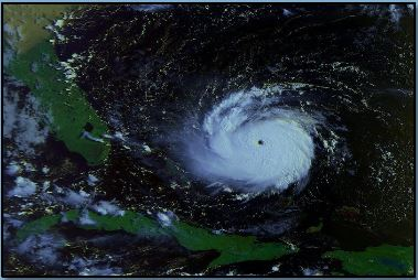 Hurricane-Andrew-Prior-to-Landfall-1992.jpg