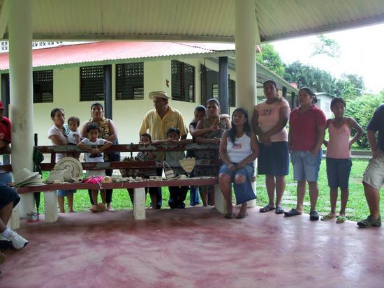 Community meeting in Cerro La Vieja